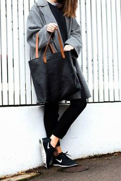 Minimal + Classic: sporty casual
