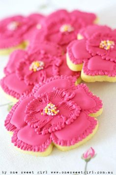 ♔ Pink Flower Cookie