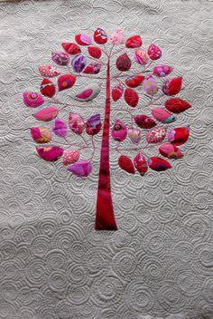 Mini quilt - tree with bird. <3