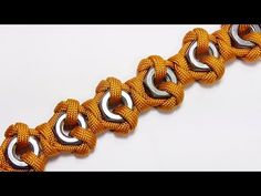 Instructions for how to tie a hex nut paracord survival bracelet without buckle in this easy step by step DIY video tutorial. This unique homemade 550 cord b. Paracord Tutorial, Paracord Bracelet Instructions, Paracord Knots, Paracord Keychain, 550 Paracord, Paracord Bracelets, Bracelet Tutorial, Survival Bracelets, Parachute Cord Crafts