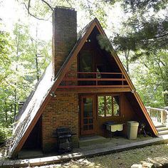 Каркасный дом типа «Шалаш»: проект с фото и описание домика для маленькой дачи #a-framehome