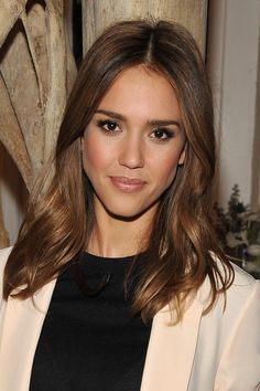 hair color - Jessica Alba... Except not so piece-y on the top... Or at all