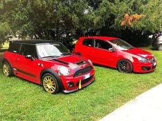 Red Mini with gold SanremoCorse wheels   EVO Corse Racing Wheels #evocorse #evocorsewheels #lifeisawheel #redandgold #mini #followus