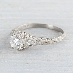 The Best Breathtaking Vintage Engagement Rings Collections (15)