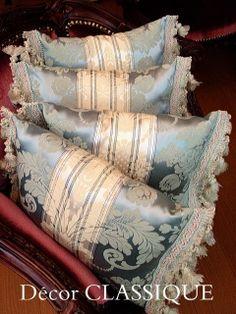 Petit Pillow