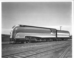 Union Pacific - 7002 is Streamlined!