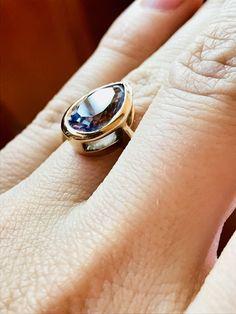 Wir vermissen dich, Pia! Dieser Saphir wurde aus ihrer Asche gefertige. www.mevisto.com We miss you, Pia! This Sapphire is made from her ashes. 6 Wir vermissen unsere Pia! Aus ihrer Asche ist dieser Saphir entstanden. ein 6 ct Saphir, gefasst in 18 K Weissgold. #personalisiert #personalised #personalized #asche #ashes  #ring #funeral #bestattung #edelsteinbestattung #mevisto #dobermann #personalisiert #ring #träne #trauer #tierbestattung #asche #einzigartig Rings, Jewelry, Fashion, Sapphire, Personalised Jewellery, Ash, Doberman, Grief, Newlyweds