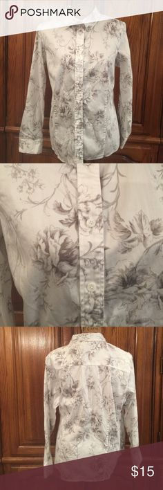 """Talbots Monochromatic Floral Print Shirt EUC size 16w. Made of 98% cotton and 2% spandex. It measures approximately 22""""flat underarm to underarm and measures approximately 26""""long measured from shoulder to hem and the sleeves measure approximately 23""""long Talbots Tops Button Down Shirts"""
