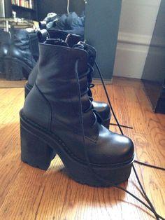7d23e21c3464 UNIF Choke Boots 7 8 Black Platform Chunky 90s Sold Out  UNIF  FashionAnkle