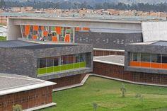 Colegio Gerardo Molina,© Sergio Gómez