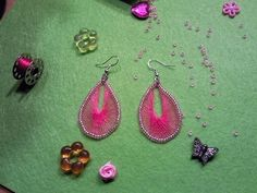 Yarn/Wire Earrings <3 ∙ How To by Nicol on Cut Out + Keep