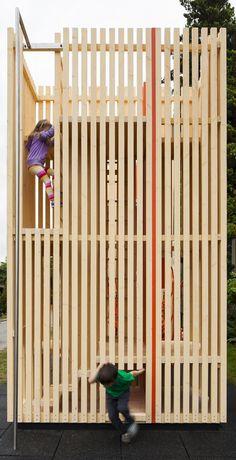 Gallery - Children's Playhouse 'Sam + Pam' / Office of McFarlane Biggar Architects + Designers Inc. - 3
