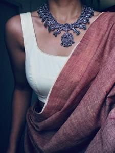 Silver Necklace – Page 2 – Tamara Trendy Sarees, Stylish Sarees, Dress Indian Style, Indian Wear, Indian Designer Outfits, Indian Outfits, Indian Dresses, Designer Dresses, Saree Jewellery