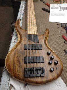 MTD 5 string bass Custom Bass, Custom Guitars, Gretsch, Banjo, Badass, I Love Bass, Guitar Kits, Low End, Bass Amps