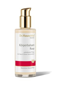 Featuring the enveloping fragrance of roses, this iconic body moisturiser offers warmth and protection to skin and senses. Quickly absorbed, this rich, luxurious product supports the skin's natural barrier function for intensive care and protection. Gentle enough for babies' and children's delicate skin. (old design)