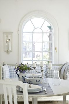 Dining and tea in a Swedish style decor. Always fresh and clean and inviting.