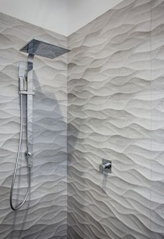 Porcelanosa Madagascar On a Feature Tiles Condo Bathroom, Bathroom Renos, Bathroom Renovations, Modern Bathroom, Small Bathroom, Modern Shower, Bathroom Tile Designs, Bathroom Interior Design, Bathroom Shower Panels