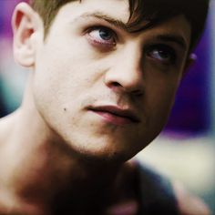 Simon Iwan Rheon, Photo Reference, Misfits, Movies And Tv Shows, The Man, Crushes, Shit Happens, Stars, People
