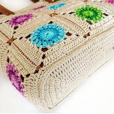 Summer Crochet Tote Bag with Leather Handles Handmade Cotton image 3 Crochet Market Bag, Crochet Tote, Crochet Handbags, Crochet Purses, Knit Crochet, Cotton Crochet, Hello Kitty Crochet, Handmade Bags, Handmade Leather