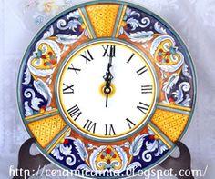 Ceramic clock Majolica Italy , L'Arte per segnalare il tempo Ceramic Plates, Ceramic Art, Boho Kitchen, Country Kitchen, Italian Tiles, Oriental, The Time Machine, Tile Art, Art Decor