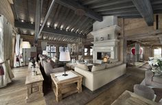 Chalet Edelweiss-massive living room.