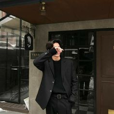 Korean Fashion – How to Dress up Korean Style – Designer Fashion Tips Korean Boys Ulzzang, Cute Korean Boys, Ulzzang Boy, Korean Men, Asian Boys, Cute Boys, Asian Men Fashion, Korean Fashion Trends, Boy Fashion