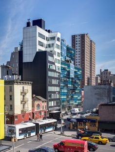 "archexplorer: "" The Chelsea Modern / photo by Pavel Bendov """