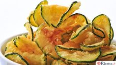 Zucchini Chips Recipe - Perfect snack for school lunches, after school or work snacks, or as a side dish with meals. Calories: Total Fat: g Cholesterol: mg Sodium: mg Total Carbs: g Dietary Fiber: g Protein: g Low Carb Recipes, Diet Recipes, Vegetarian Recipes, Cooking Recipes, Healthy Recipes, Lunch Recipes, Dessert Recipes, Desserts, Healthy Snacks
