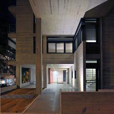 Galería - Edificio de apartamentos en la calle Deinokratous, Atenas / Giorgos Aggelis - 1