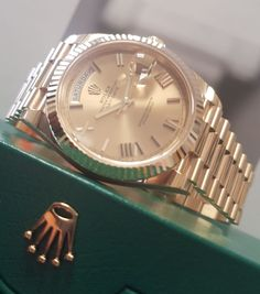 When only the best will do, the Rolex Day-Date 40 in yellow gold with champagne baton dial 228238 is the only choice you need to make. Order now from GWS. Luxury Watch Brands, Luxury Watches For Men, Gold Rolex, Rolex Day Date, Pre Owned Rolex, Rolex Submariner, Fashion Watches, Men's Fashion, Luxury Watches