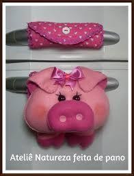 Resultado de imagem para puxador de geladeira Felt Patterns, Felt Animals, Sewing For Kids, Hand Sewing, Coin Purse, Diy Crafts, Crafty, Ideas, Cute