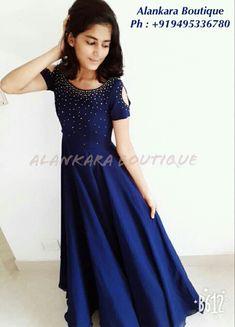 Sari Dress, Frock Dress, Casual Frocks, Frock Patterns, Saree Blouse Neck Designs, First Communion Dresses, Salwar Designs, Indian Gowns Dresses, Frock Design