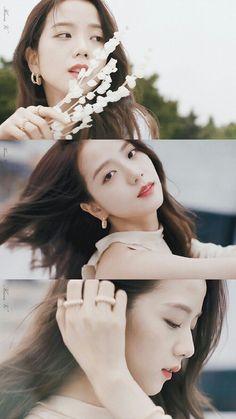 Visual in blackpink Kim Jennie, Blackpink Jisoo, Black Pink Kpop, Blackpink Members, Blackpink Photos, Blackpink Fashion, K Pop, Korean Girl Groups, Girl Crushes