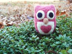 MADE TO ORDER Needle Felted Sweetheart Owl  by GoodNaturedByDani, $16.00