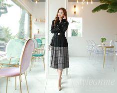 Korean Women`s Fashion Shopping Mall, Styleonme. Park Soo Yeon, Sexy Skirt, Korean Model, Very Lovely, Office Fashion, Korean Fashion, Bell Sleeves, Pleated Skirts, Womens Fashion