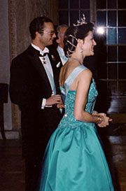 1989 - King Carl XVI Gustaf  and Queen Silvia at the Stockholm City Hall for Nobel Banquet.