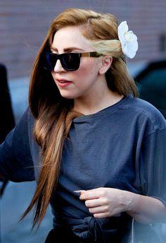 Lady Gaga's Louis Vuitton brunette hair colour I don't like the blonde part but I love the brunette color