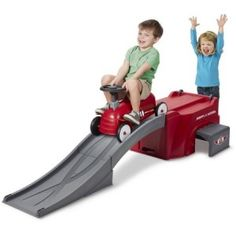 Radio Flyer 500 Ride-On with Ramp , for just $69.88 + FREE shipping !!! reg price $100!! Calicouponchick.Net