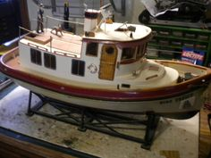 Dumas Scale Boat, Futaba, 1/5 Scale, Tug Boat, Lights, Working Anchor and More