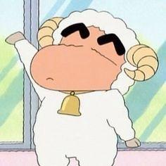 Sinchan Cartoon, Iphone Cartoon, Crayon Shin Chan, Sinchan Wallpaper, Galaxy Wallpaper, Classic Memes, Baby Memes, Disney Animation, Cute Boys