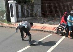 Tribratanews.com - Unit Kecelakan Lalu Lintas Satuan Lalu Lintas Kepolisian Resor Banjar, Jawa Barat, melalukan olah TKP (tempat kejadian perkara) k
