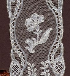 Brussels bobbinlace with droschel ground, probably third quarter of the century. Bobbin Lace, Vintage Lace, Brussels, 18th Century, Third, Scrap, Santa, Classic, Handmade