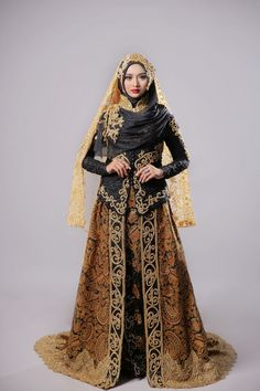 Muslim Wedding Gown, Kebaya Wedding, Muslimah Wedding Dress, Hijab Style Dress, Muslim Wedding Dresses, Bridesmaid Dresses, Muslim Brides, Wedding Hijab Styles, Javanese Wedding