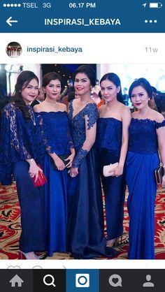 Kebaya biru Batik Kebaya, Batik Dress, White Wedding Dresses, Bridesmaid Dresses, Formal Dresses, Dress Brokat, Kebaya Brokat, I Dress, Lace Dress