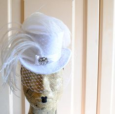 Bridal Victorian Mini Top Hat with Veil Ready to by BizarreNoir, €120.00