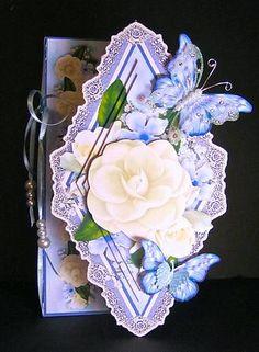 Card Gallery - Fragrant Gardenias Side Diamond Foldback Card Kit