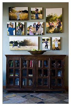Great wall collage for family pictures for the home family photo collages, Display Family Photos, Family Pictures, Family Collage, Family Images, Living Room Designs, Living Room Decor, Living Rooms, Photowall Ideas, Photo Deco