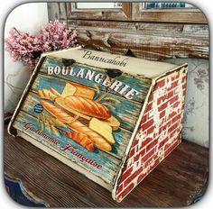 Ekmeklik boyama Wood Crafts, Diy And Crafts, Decorative Painting Projects, Bread Boxes, Decoupage Vintage, Pink Christmas, Vintage Wood, Wood Print, Painting On Wood