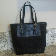 Coach Bag Genuine Coach bag in excellent condition. Coach Bags Satchels
