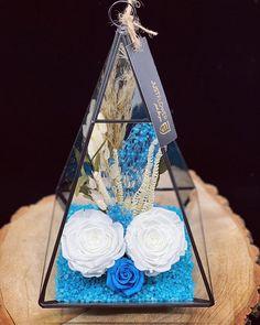 #surprise #justflowerch #justforyou #geschenkideen #überraschung #blueroses #floraldesign #floralaccessories Just For You, Instagram, Jewelry, Flowers, Jewlery, Jewerly, Schmuck, Jewels, Jewelery